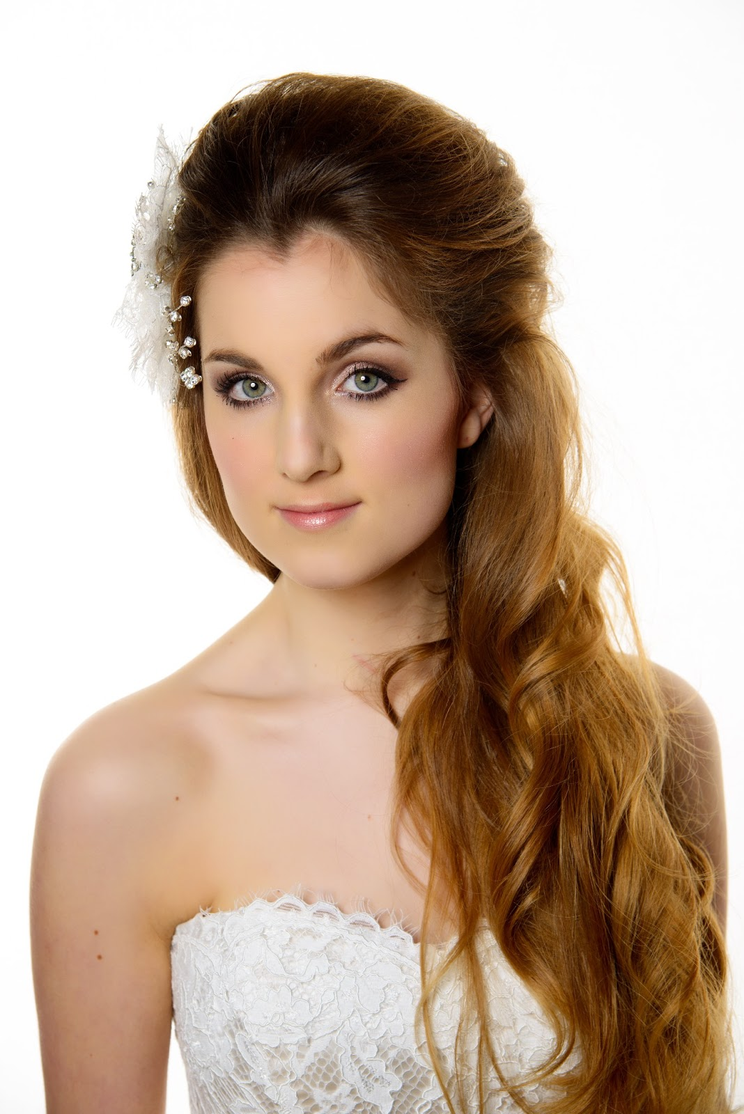 Wedding Hairstyle to go with Your Wedding Dress | Bride Sparkle
