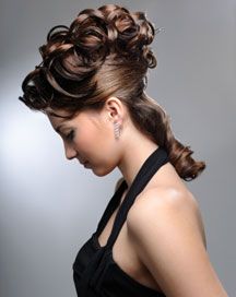 Using Hair Extensions for Your Wedding Hairstyle